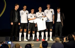 Fussball/ GES/ Neues Trikot der Nationalmannschaft, 10.11.2009